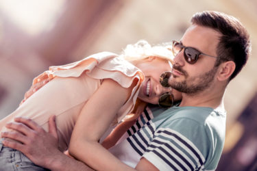 復縁したい既婚者男性サインと心理とは?本気で復縁したい男の行動を確実に見極める極意